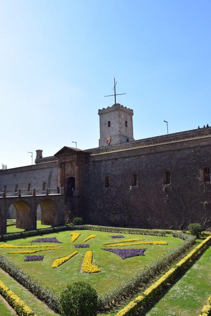 de ingang van Montjuïc Castle
