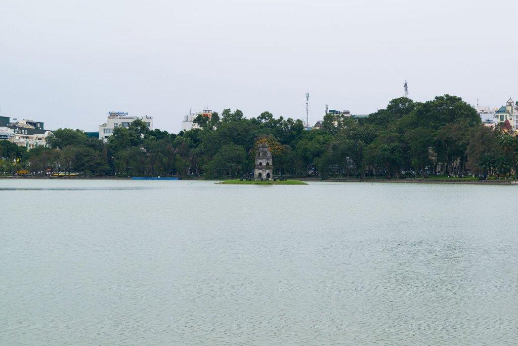 Hoan Kiem Lake een van de highlights van Hanoi