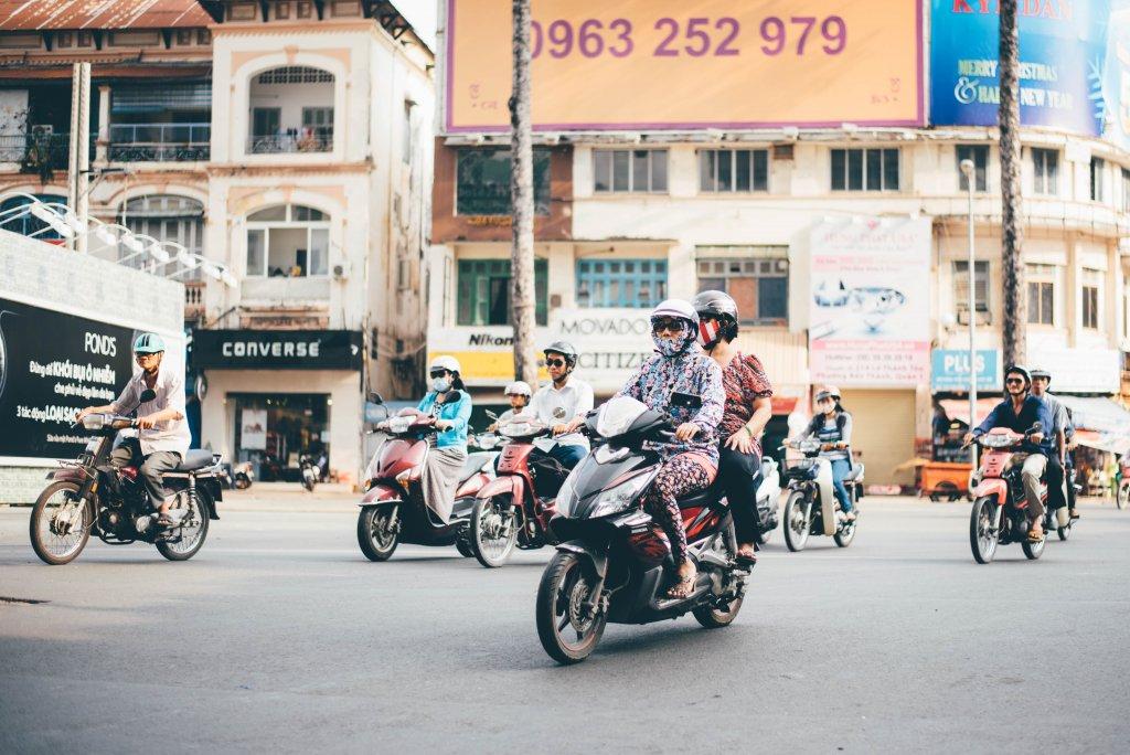 Vietnam brommer rijden