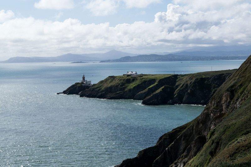 Hiken in Howth de mooie natuur van Ierland