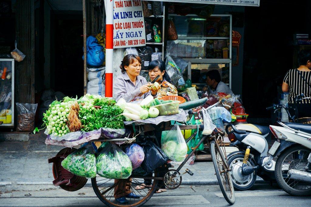Eten vervoeren over straat in Vietnam