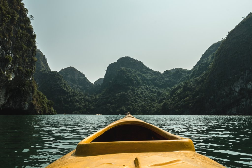 Backpack route Vietnam - Halong Bay
