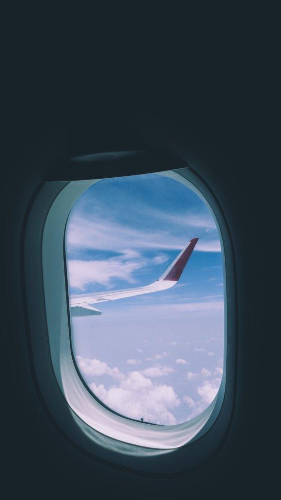 In het vliegtuig naar Sri Lanka